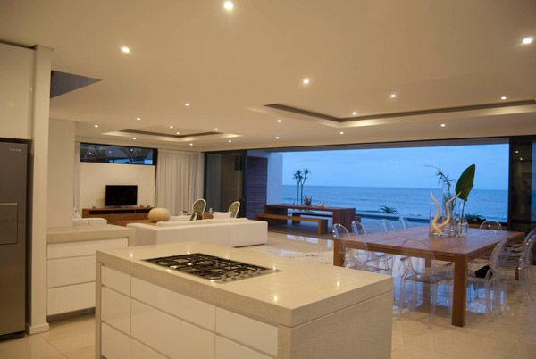Magnificently Designed Modern Dining Room Design