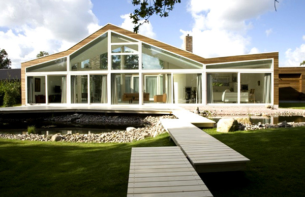 Transparent Villa Glass