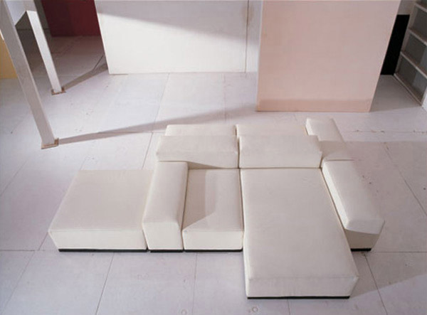 Really Simple Yet Unique Living Room Couch
