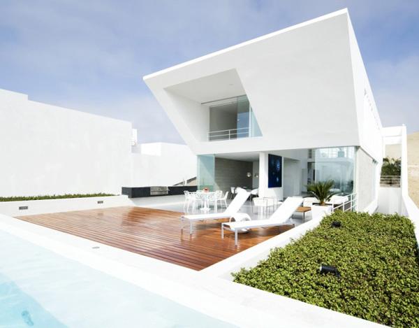 House El Playa Front
