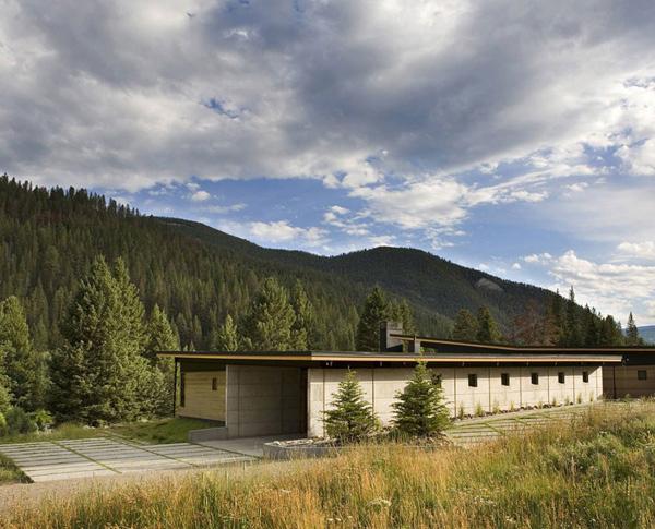 River Bank House design