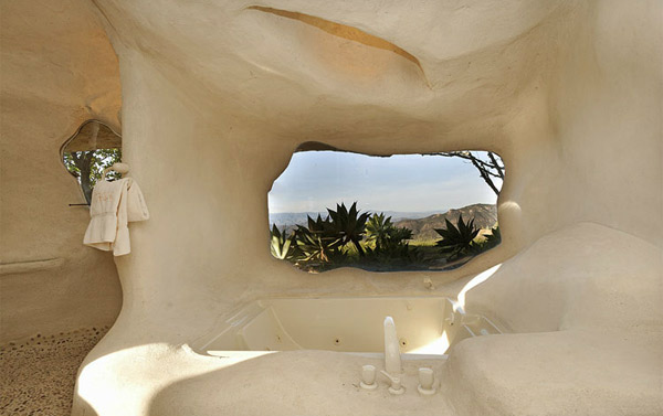Bathtub Flintstones