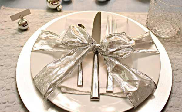 holidays Table Setting 1