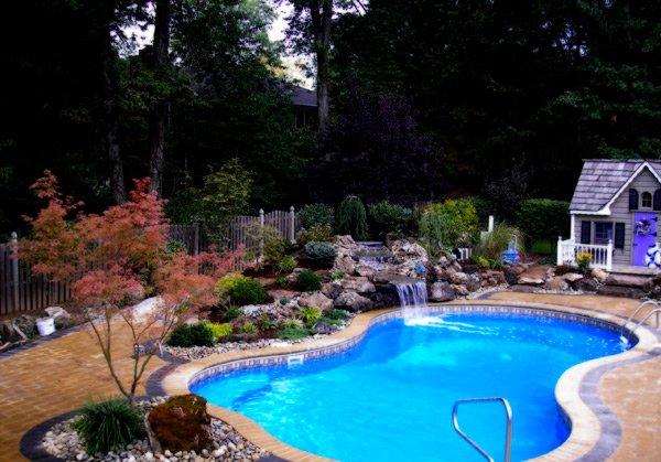 8 pool design