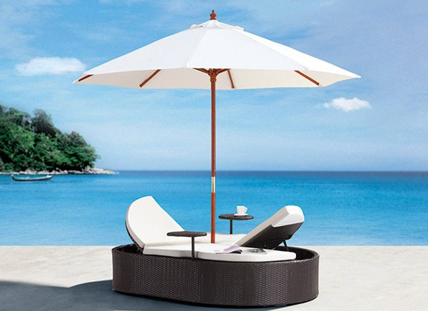 Flip Flop Day Bed with Umbrella