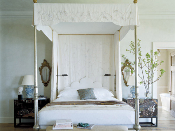 Canopy Beds 4