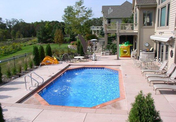 octagonal pool