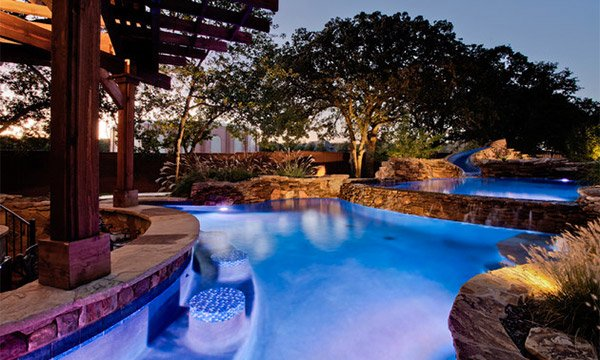 15 Enchanting Swimming Pool Lights | Home Design Lover