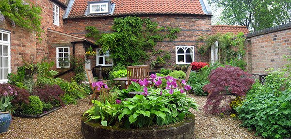 Garden Design With Traditional Courtyard Gardens Home Design Lover With  Small Space Gardening From Homedesignlover.