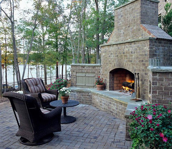 natural design - 15 Outdoor Stone Fireplaces To Love Home Design Lover