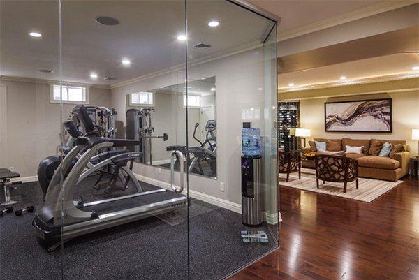 closed room - Home Gym Design Ideas