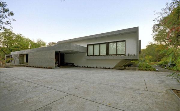 Aranya House Front