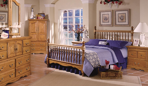 Deluxe Spindle Bed
