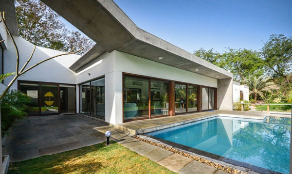 lawn pool area