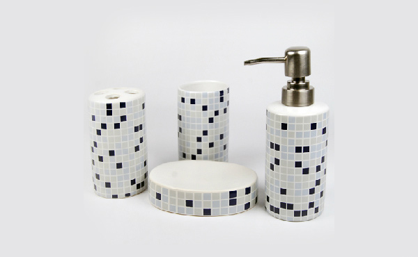 Modern Mosaic Ceramic Bath
