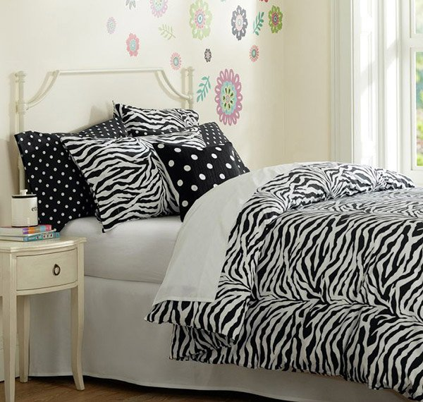 Funky Zebra Organic Duvet