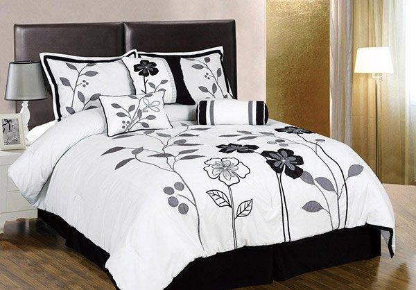 Leaf Applique Comforter