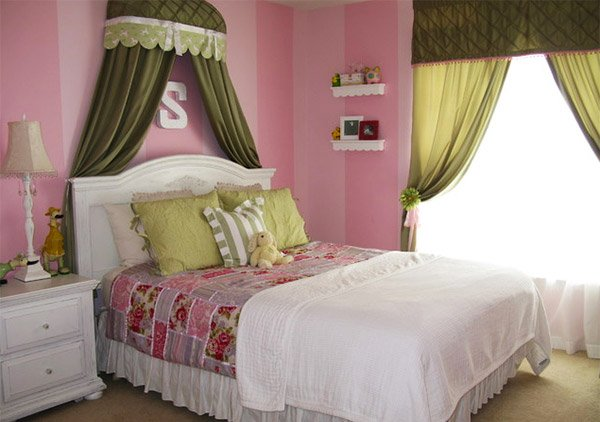 Totally Girly Bedrooms