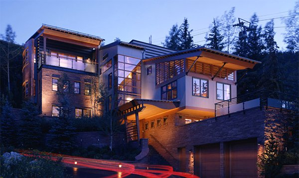 Mitchell Residence House on Hill