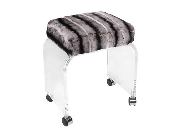rabbit stool