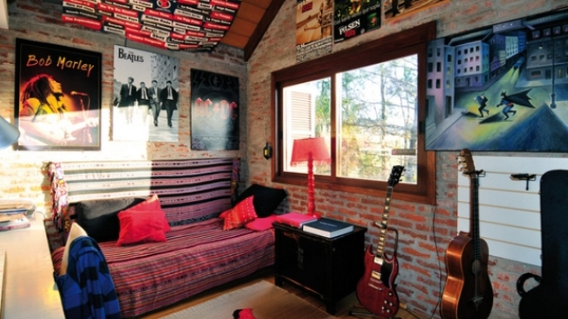 . 15 Interesting Music Themed Bedrooms   Home Design Lover