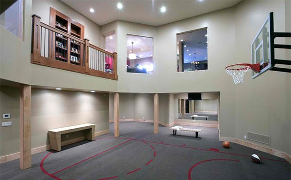 15 Ideas For Indoor Home Basketball Courts | Home Design Lover