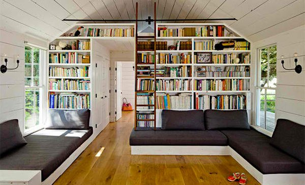Tiny House. 15 Ideas in Designing a Bedroom with Bookshelves   Home Design Lover