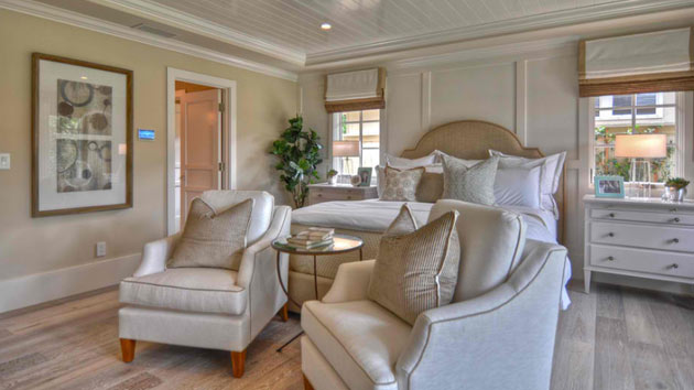 . 15 Ideas for a Traditional Bedroom Lounge   Home Design Lover