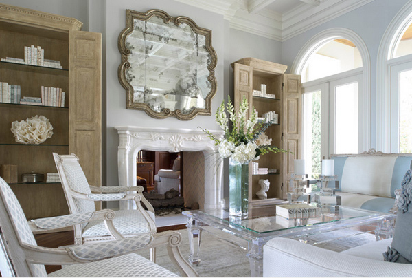 traditional home - Decorating With Mirrored Furniture In 15 Beautiful Living Rooms