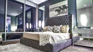 bedroom mirrored