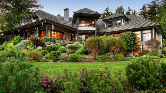 . Tips on How to Landscape on a Hill   Home Design Lover