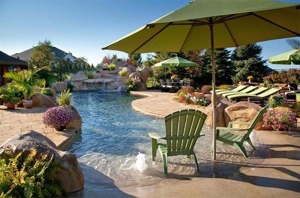 lagoon swimming pool