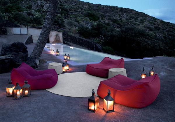 outdoor decorative lighting