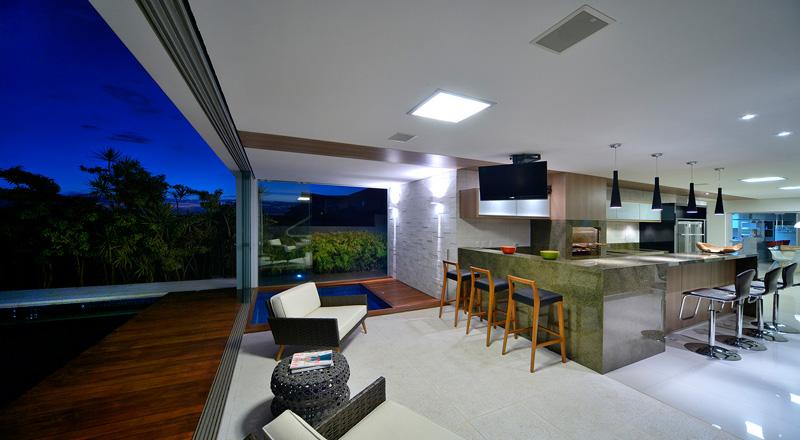 kitchen pool