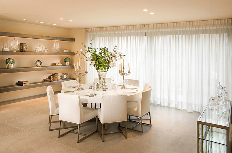 Furniture Arrangement Ideas: 25 Dining Rooms with Round White ...