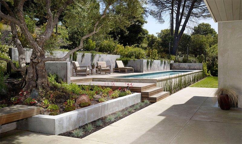 20 Landscaping Ideas For Above Ground Swimming Pool | Home Design