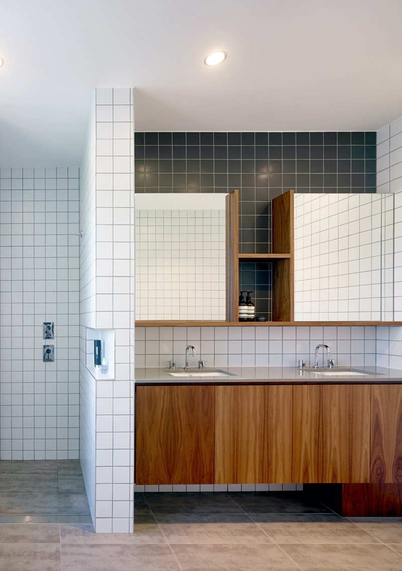 Nundah House bathroom
