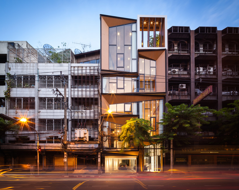 Before & fter: Impressive Modern ransformation of a ommercial ... - ^