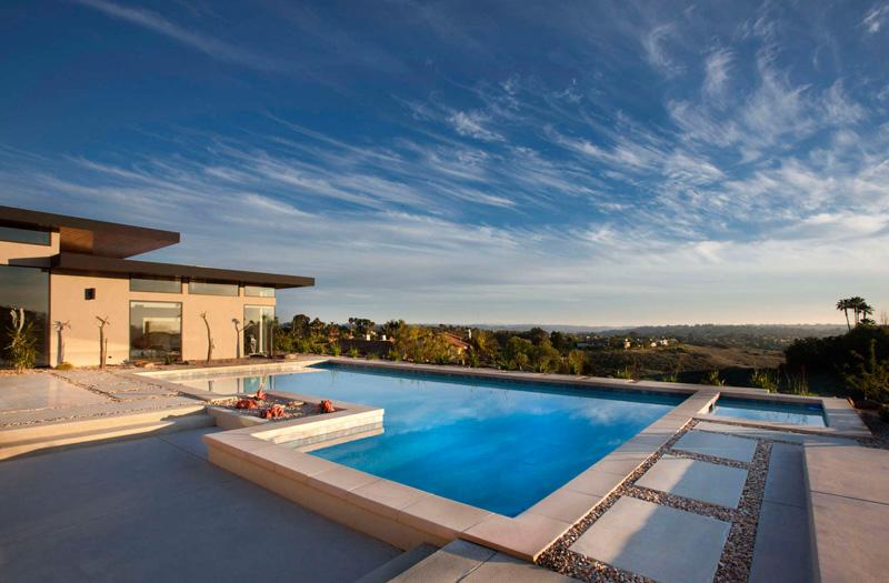 California House pool