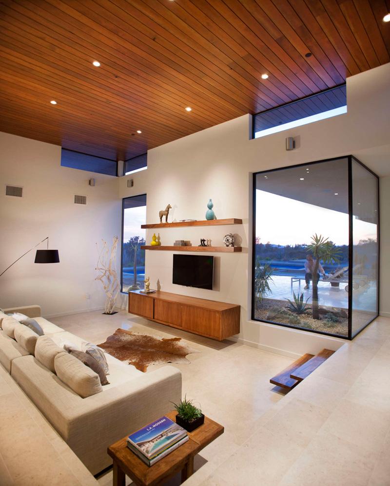 California House family room
