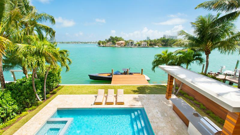 Di Lio Island Home