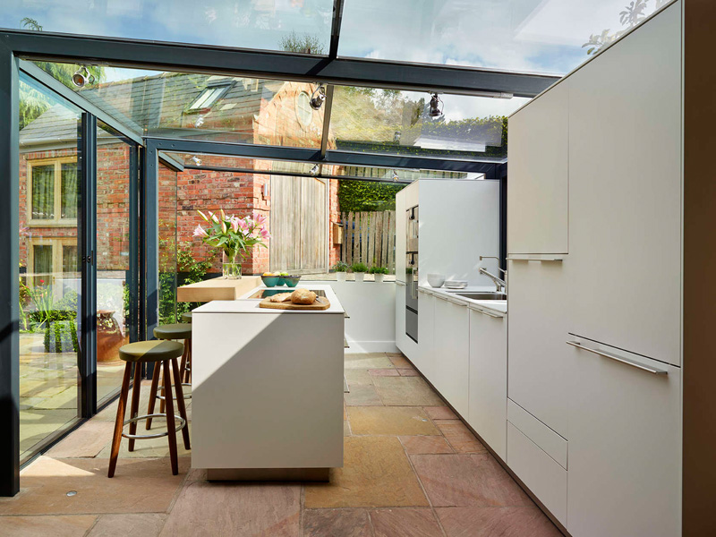 glass box kitchen outdoor
