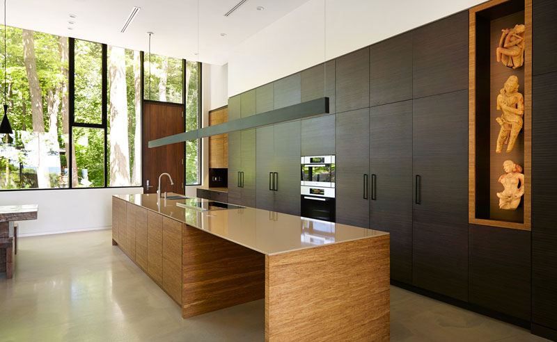 Fallsview Residence kitchen