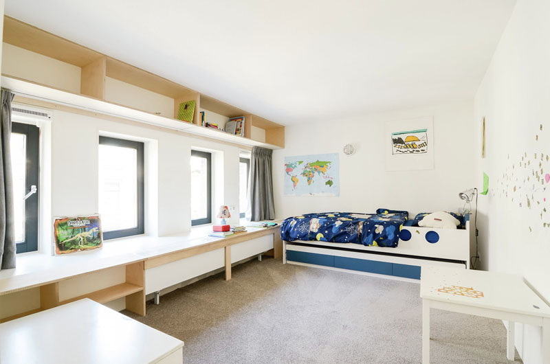 Ons Dorp old school conversion children's bedroom