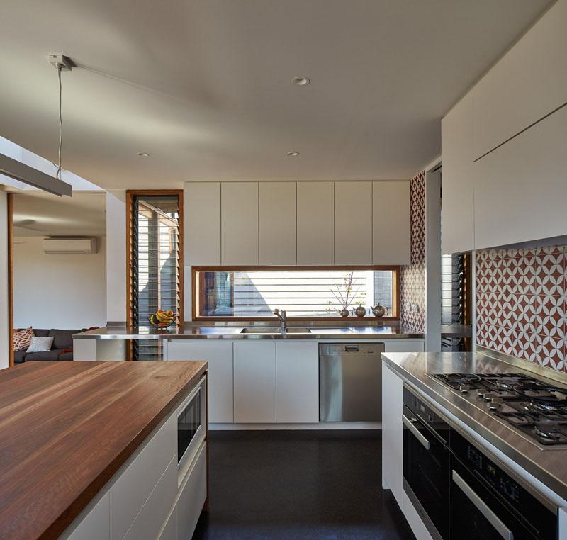 Yaraville Residence kitchen