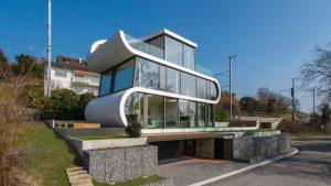 flex house
