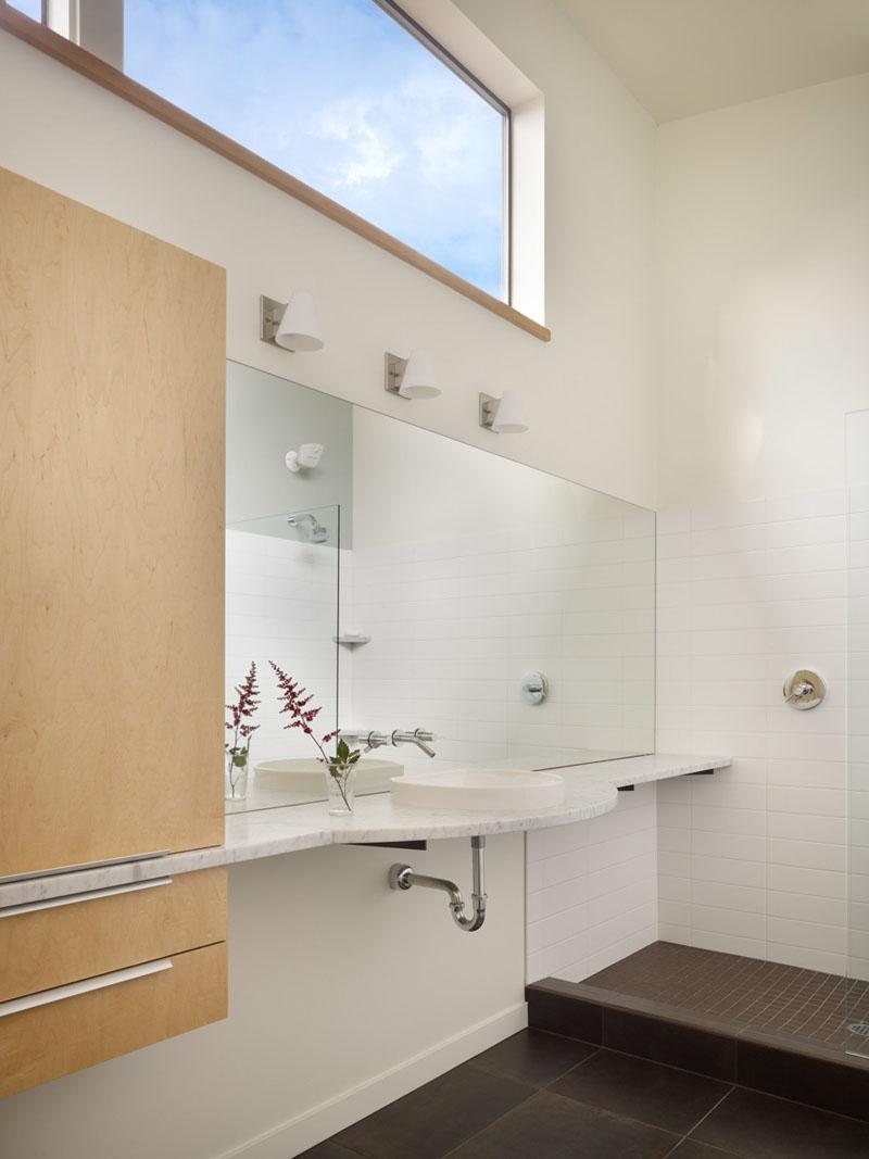 Wall House bathroom