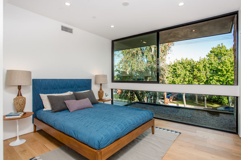 Palms Residence bedroom 1