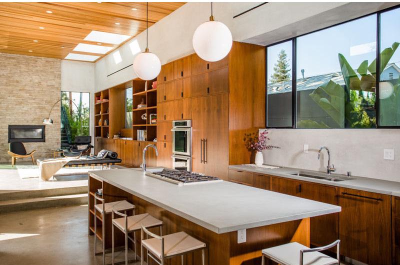 Palms Residence kitchen