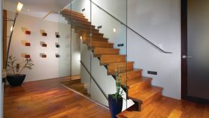 wood-glass-staircase